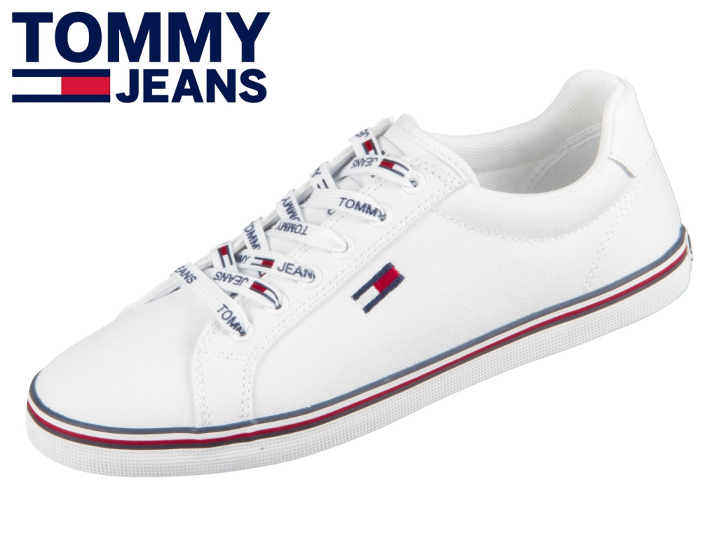 Tommy Hilfiger Essential Lace Up Sneaker EN00786-YBS white